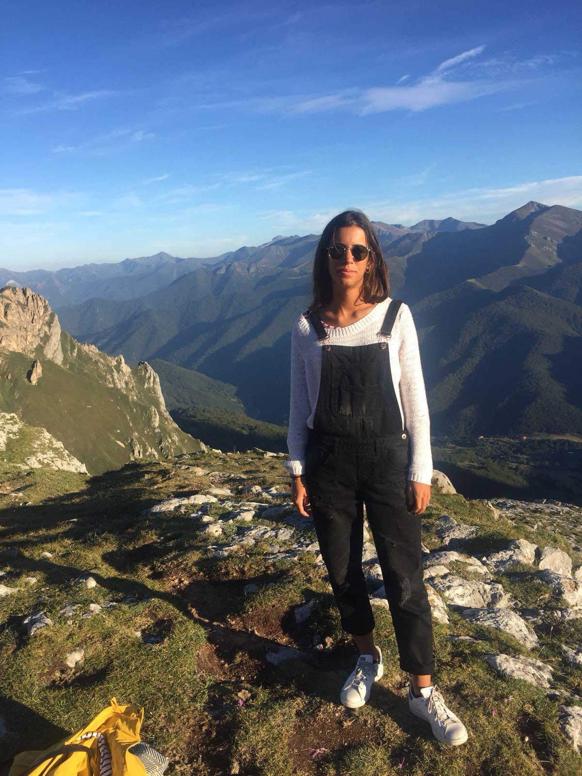Belen Fajardo profile picture